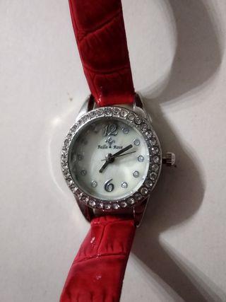 reloj Bella & Rose, pulsera, charol