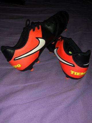 Zapatillas Nike de fútbol 11 a estrenar
