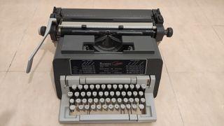 Maquina de escribir Olivetti 98