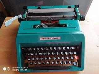 Maquina de escribir Olivetti Estudio 45