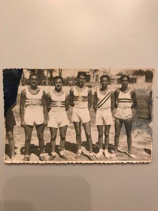 Foto antigua de equipo de atletismo