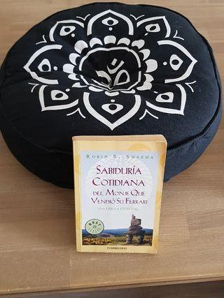 Cojin de meditación y libro Sabiduria Cotidiana ..