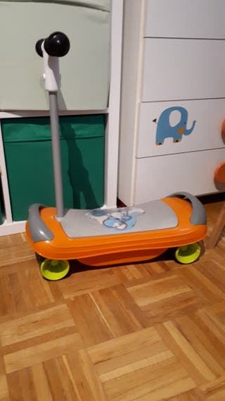 Patinete musical chicco