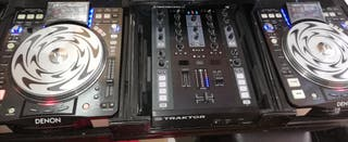 Denon 3700 with traktor Z2 mixer complit