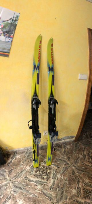 Tablas y fijaciones esquí de travesia