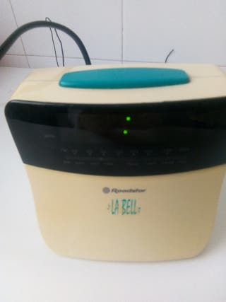 reloj radio despertador marca LA BELL