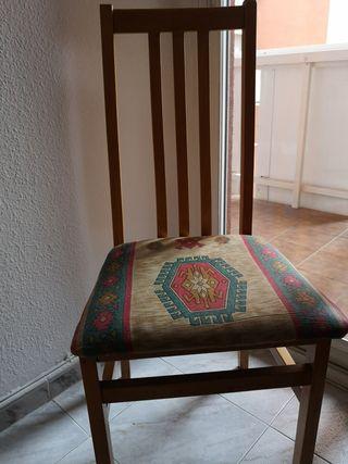 sillas cocina cada una 6euros