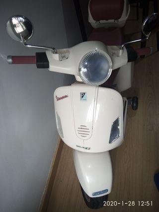 moto Vespa bateria