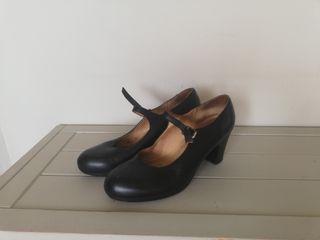 Zapatos flamenco. 41