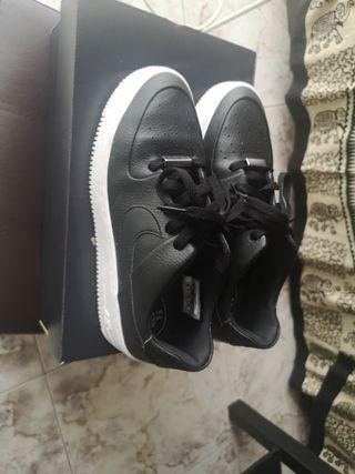 Nike Air force 1 negra mujer