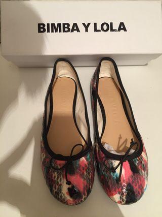Zapatos bailarinas de Bimba y Lola