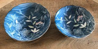 set de 2 assiettes porcelaine japonaise décor Bleu