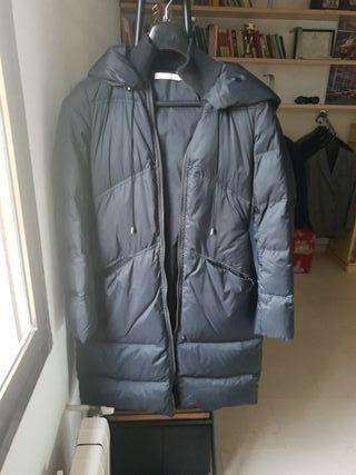 abrigo largo plumas