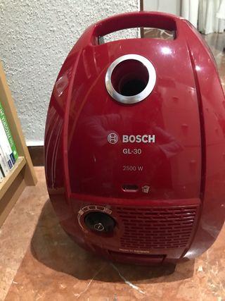 Aspirador Bosch GL 30. 2500w