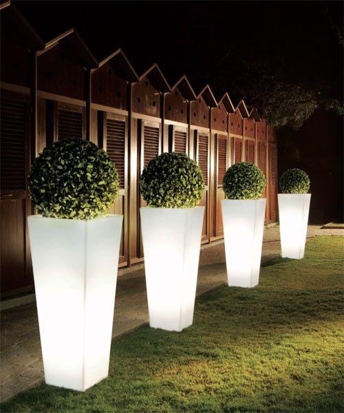 Maceteros con luces