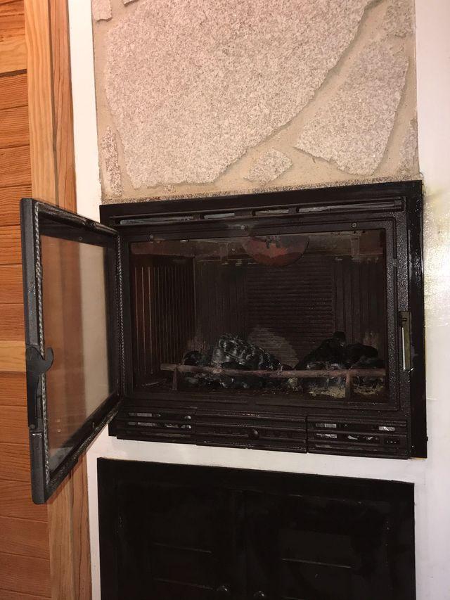 Estufa de leña/eléctrica
