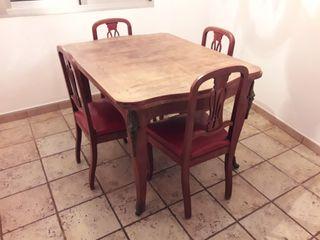 Mesa cocina antigua y 6 sillas antiguas con bronce