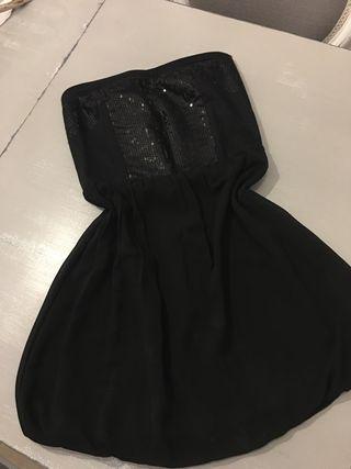 Vestido negro lentejuelas y gasa