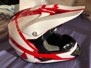 Casco motocross o enduro