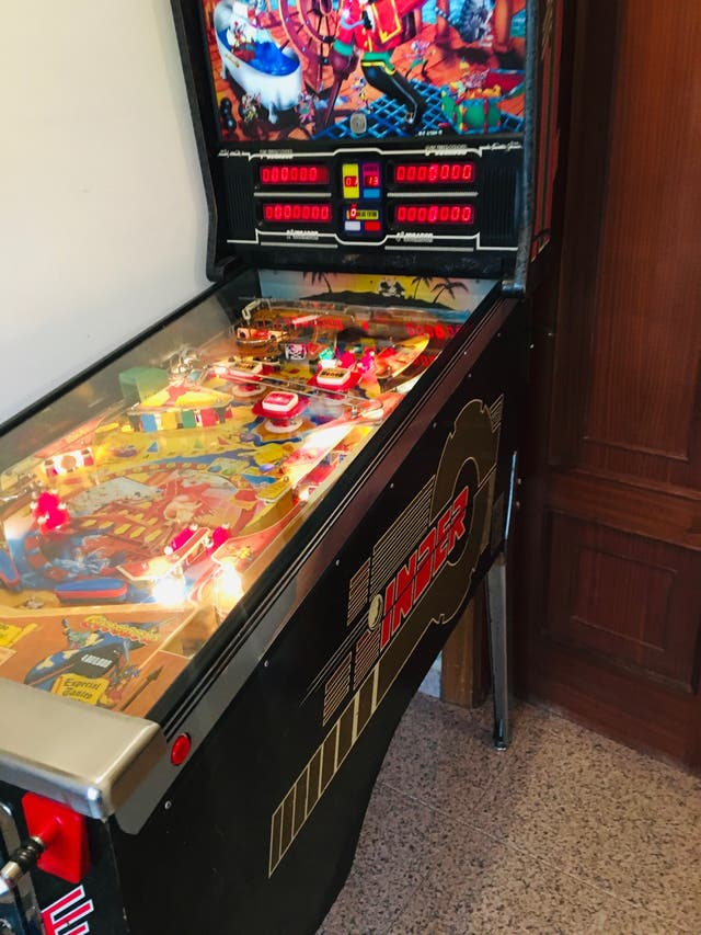 Pinball Corsario inder, pin ball, pimball,flipper,