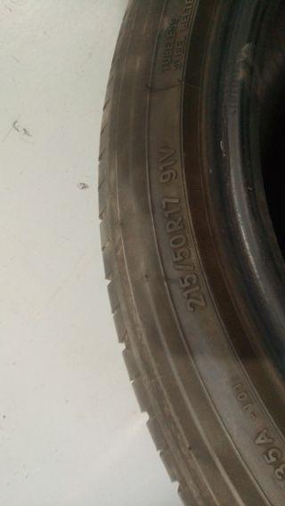 neumático toyo