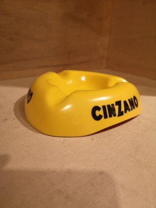 cenicero Cinzano