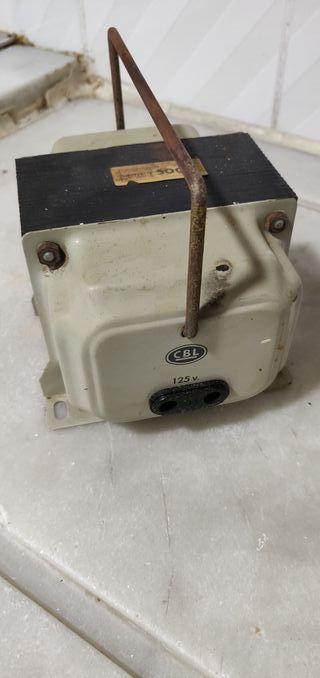 transformador 125 V a 220 V