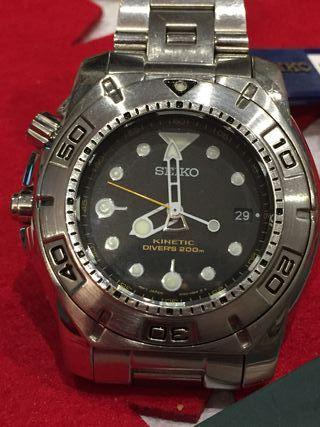 Reloj Seiko Divers kinetic (SKA293P1)