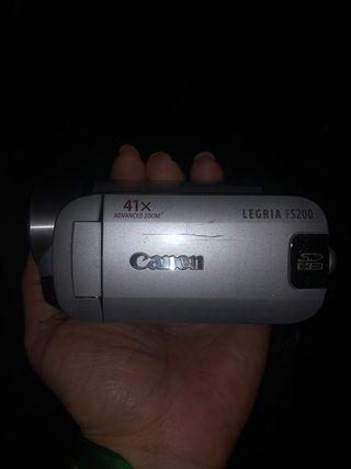 Cámara video Canon LEGRIA fs200