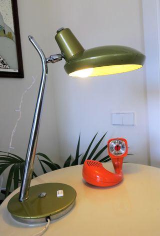 Lámpara mesa o despacho tipo FASE verde flexo
