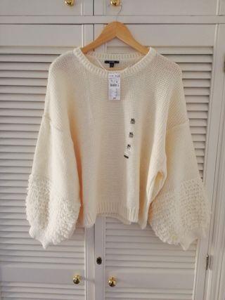 Jersey de lana de esta temporada con etiquetas