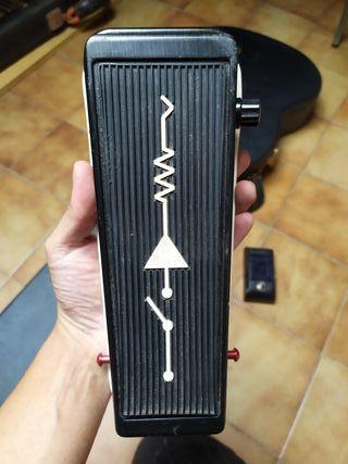 Pedal Dunlop Wah custom audio electeics mc404