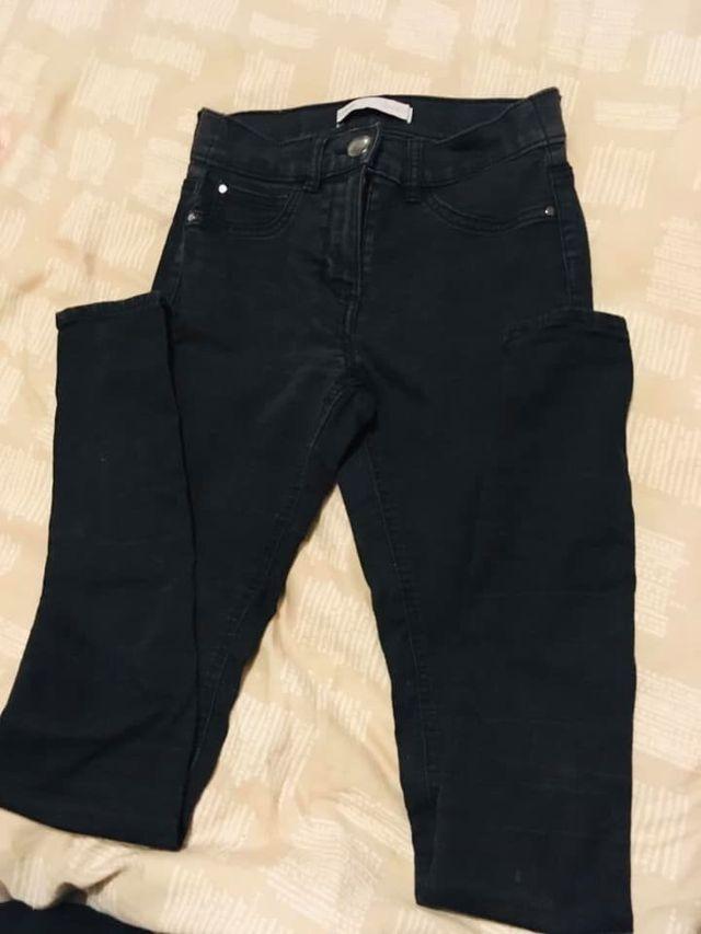 Size 6-8 ladies skinny jeans