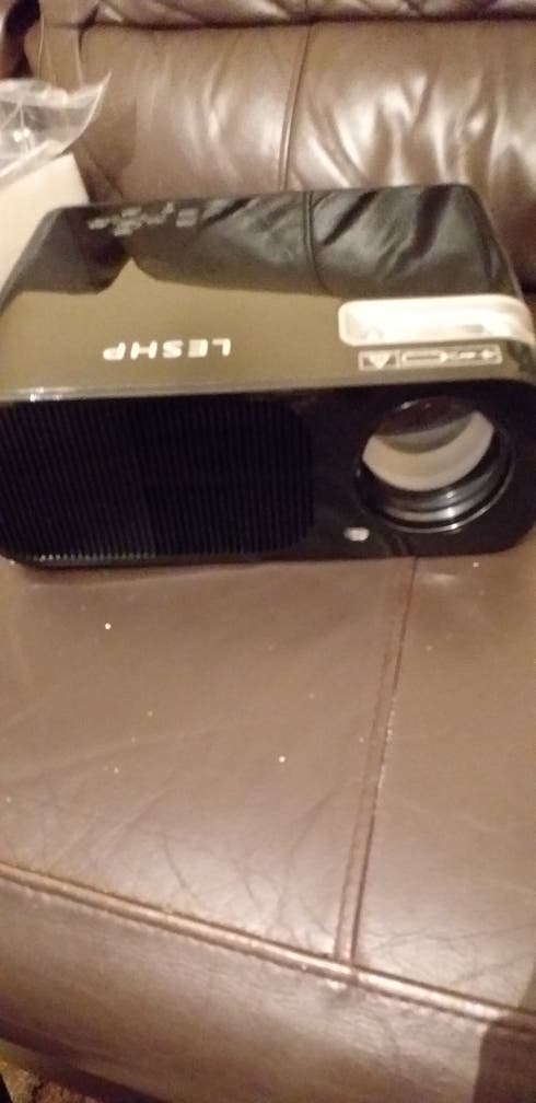 brand new home CINEMA projector for sale