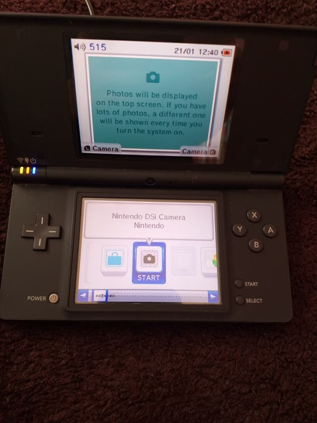DSI CONSOLE FOR SALE GOOD CONDITION FULLY WORKING