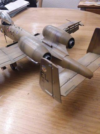 maqueta avión A10 1,48