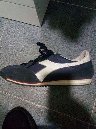 zapatillas DIADORA talla 44