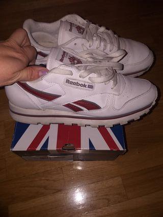 Zapatillas reebok blancas y rojas de segunda mano por 25