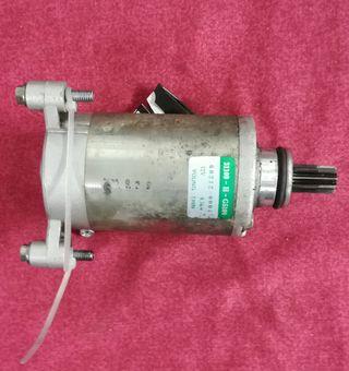 Motor de arranque de Hyosung Áquila GV 250.
