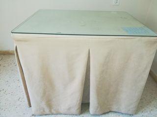 Mesa camilla rectangular con faldones incluidos