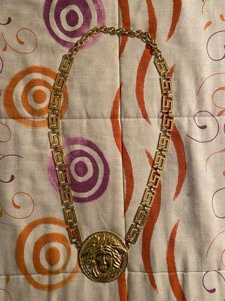 Medallón Versace