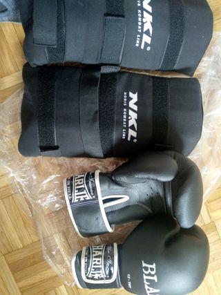guantes Charlie 12 y espinilleras boxeo