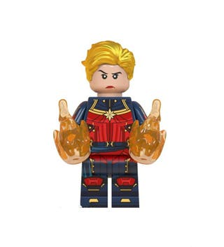 OFERTA!!Figura Capitana Marvel de Avengers