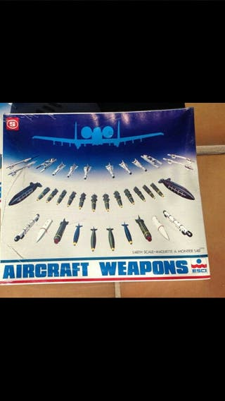 Aircraft weapons ESCI