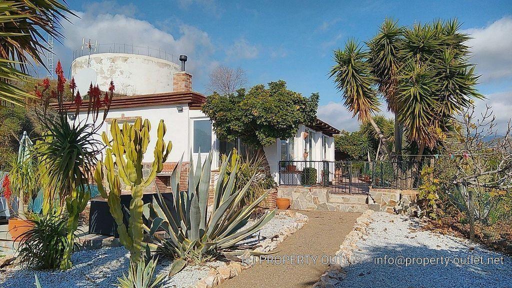 Casa en alquiler en El Peñoncillo en Torrox (El Peñoncillo, Málaga)