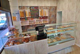 Se traspasa panadería 13.800 euros