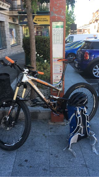 Bicicleta Polygon Enduro