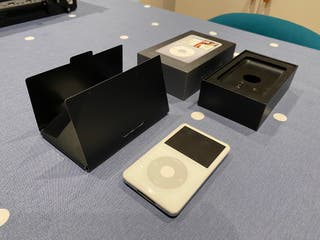 Apple iPod Classic Video (5th 5.5th) 30GB