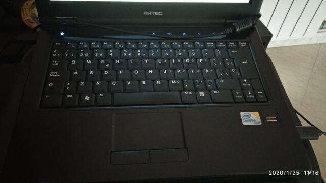 ordenador portátil ahtec (para piezas)