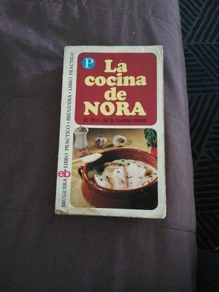 LIBRO DE COCINA MUY ANTIGUO